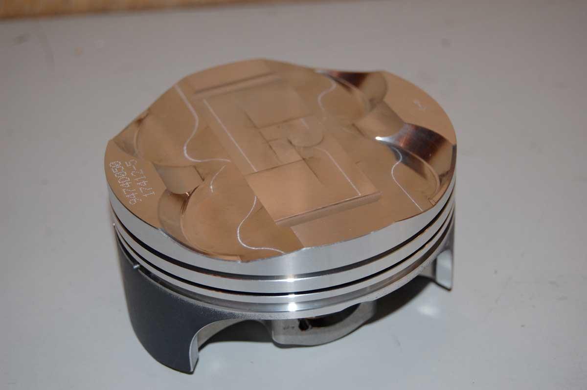 Nikasil traitement des cylindres Piston-porsche-911-traitement-cylindres-rayes-05