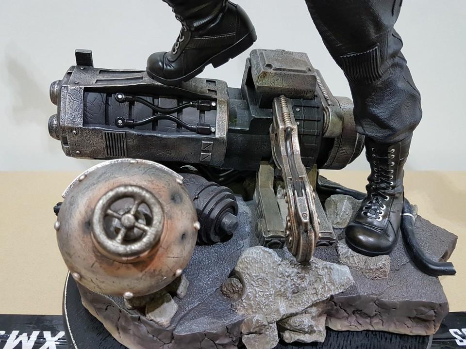 Premium collectibles : Winter Soldier  26910506_101553690707hhozs