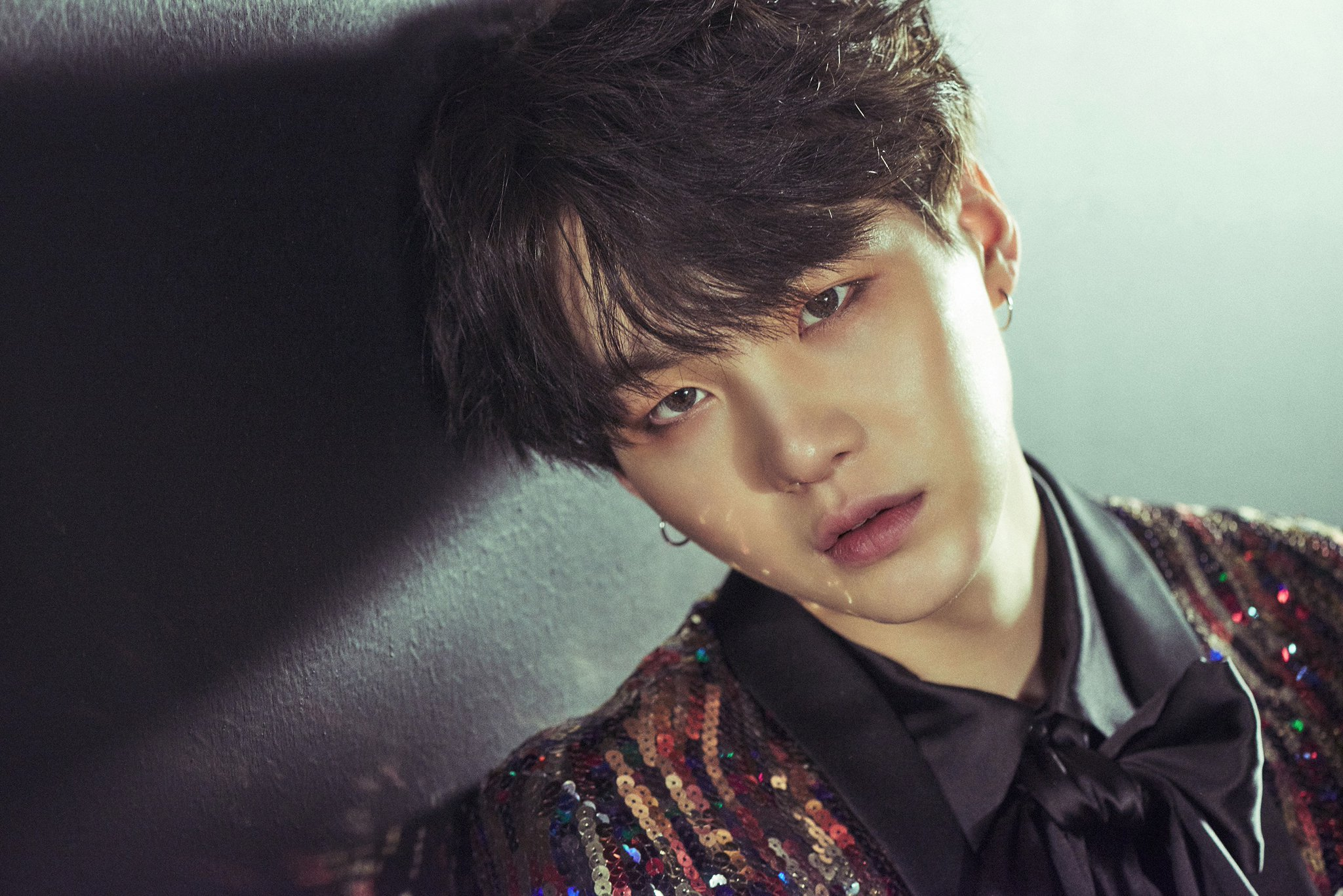 "BTS (Bangtan Boys) >> Album ""The Beautiful Moment in Life: The Notes"" - Página 4 Suga-1"