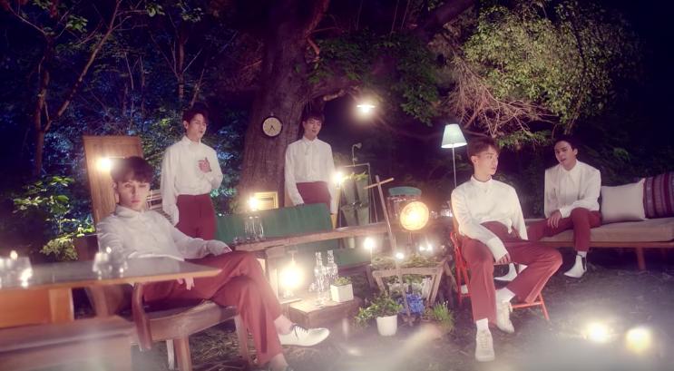 "Lee Kikwang (HighLight) >> Digital Single ""Don't Close Your Eyes"" - Página 4 Beast-butterfly"