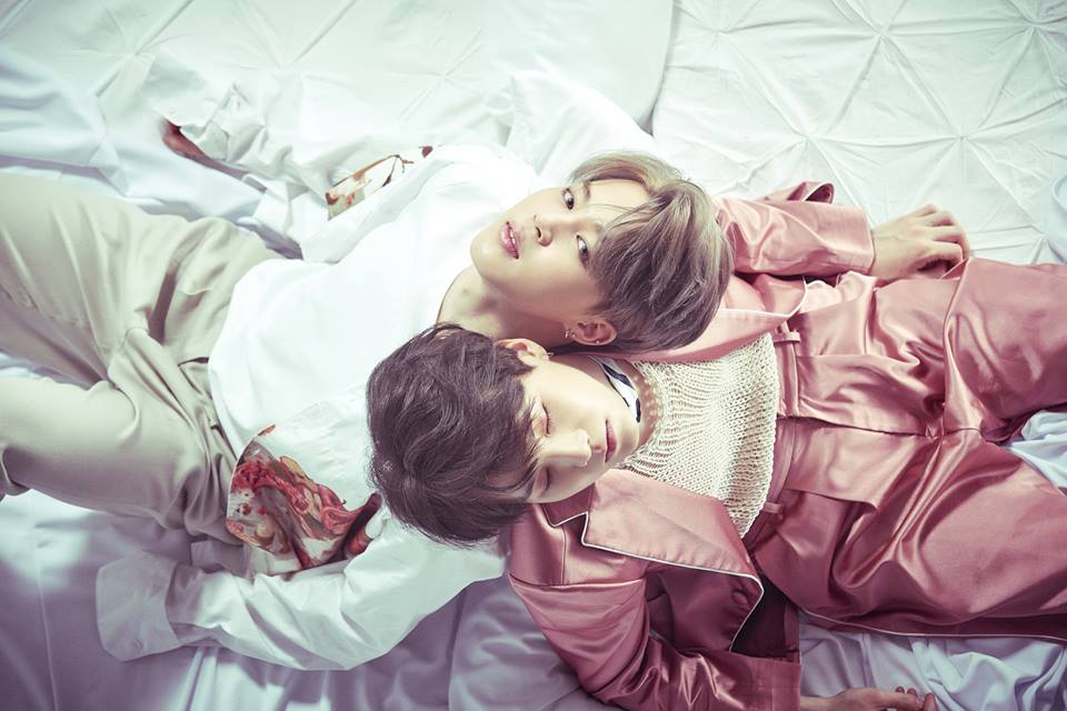 "BTS (Bangtan Boys) >> Album ""The Beautiful Moment in Life: The Notes"" - Página 4 Jimin-suga1"