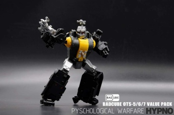 [BadCube] Produit Tiers - Jouet OTS-05 Claymore / OTS-06 Hypno / OTS-07 Kickbutt - aka Insecticons 2K8wgiKc