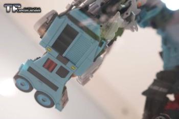 [MakeToys] Produit Tiers - Jouet MTCM-04 Guardia (aka Protectobots - Defensor/Defenso) - Page 2 6CPqhz7r