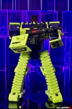 [Toyworld] Produit Tiers - Jouet TW-C Constructor aka Devastator/Dévastateur (Version vert G1 et jaune G2) - Page 4 6Y6zTXMk