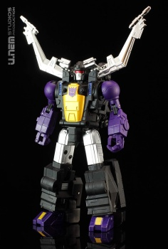 [Fanstoys] Produit Tiers - Jouet FT-12 Grenadier / FT-13 Mercenary / FT-14 Forager - aka Insecticons - Page 3 84HEYQwY