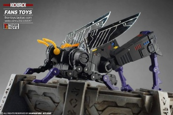 [Fanstoys] Produit Tiers - Jouet FT-12 Grenadier / FT-13 Mercenary / FT-14 Forager - aka Insecticons - Page 4 8lA95RuO