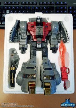 [Fanstoys] Produit Tiers - Dinobots - FT-04 Scoria, FT-05 Soar, FT-06 Sever, FT-07 Stomp, FT-08 Grinder - Page 9 ApjJjd8W