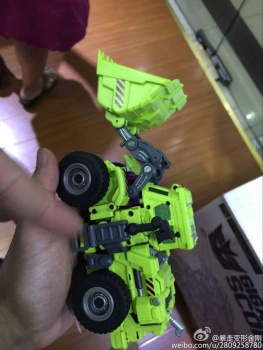 [Generation Toy] Produit Tiers - Jouet GT-01 Gravity Builder - aka Devastator/Dévastateur - Page 2 BPTy4OaP