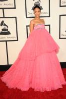 Rihanna  57th Annual GRAMMY Awards in LA 08.02.2015 (x79) updatet CCFEzDUV