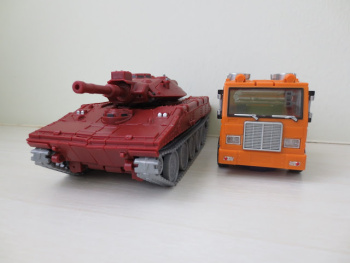[BadCube] Produit Tiers - Minibots MP - Gamme OTS - Page 4 EbqNTGuP