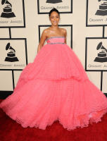 Rihanna  57th Annual GRAMMY Awards in LA 08.02.2015 (x79) updatet EoZ1W2qG