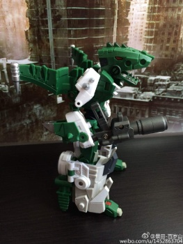 [FansProject] Produit Tiers - Jouet Saurus Ryu-oh aka Dinoking (Victory) | Monstructor (USA) - Page 2 GfsIP3z3
