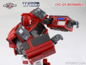 [TFC Toys] Produit Tiers - OS-01 Ironwill (aka Ironhide/Rhino) & OS-03 Medic (aka Ratchet/Mécano) OpK4kpuB