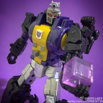 [Fanstoys] Produit Tiers - Jouet FT-12 Grenadier / FT-13 Mercenary / FT-14 Forager - aka Insecticons - Page 2 ZIsShne4
