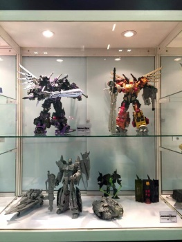 [Mastermind Creations] Produit Tiers - R-17 Carnifex - aka Overlord (TF Masterforce) ABOVX8g8