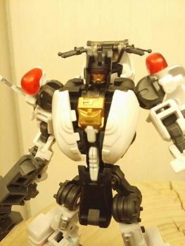 [MakeToys] Produit Tiers - Jouet MTCM-04 Guardia (aka Protectobots - Defensor/Defenso) - Page 2 FuROI2Re