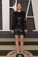 """Judy Greer """"2015 Vanity Fair Oscar Party hosted by Graydon Carter at Wallis Annenberg Center for the Performing Arts in Beverly Hills"""" (22.02.2015) 31x HdWLTYUz"""