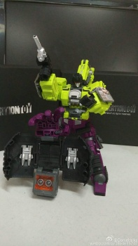 [Generation Toy] Produit Tiers - Jouet GT-01 Gravity Builder - aka Devastator/Dévastateur - Page 3 Ol2b5rA0