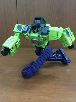 [Toyworld] Produit Tiers - Jouet TW-C Constructor aka Devastator/Dévastateur (Version vert G1 et jaune G2) - Page 3 TDSLRFs1