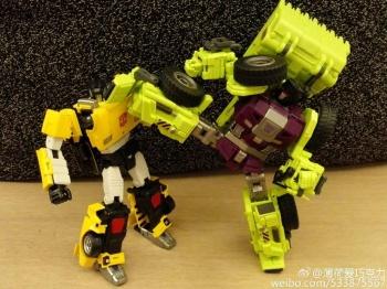 [Generation Toy] Produit Tiers - Jouet GT-01 Gravity Builder - aka Devastator/Dévastateur - Page 2 V8tfw1eX