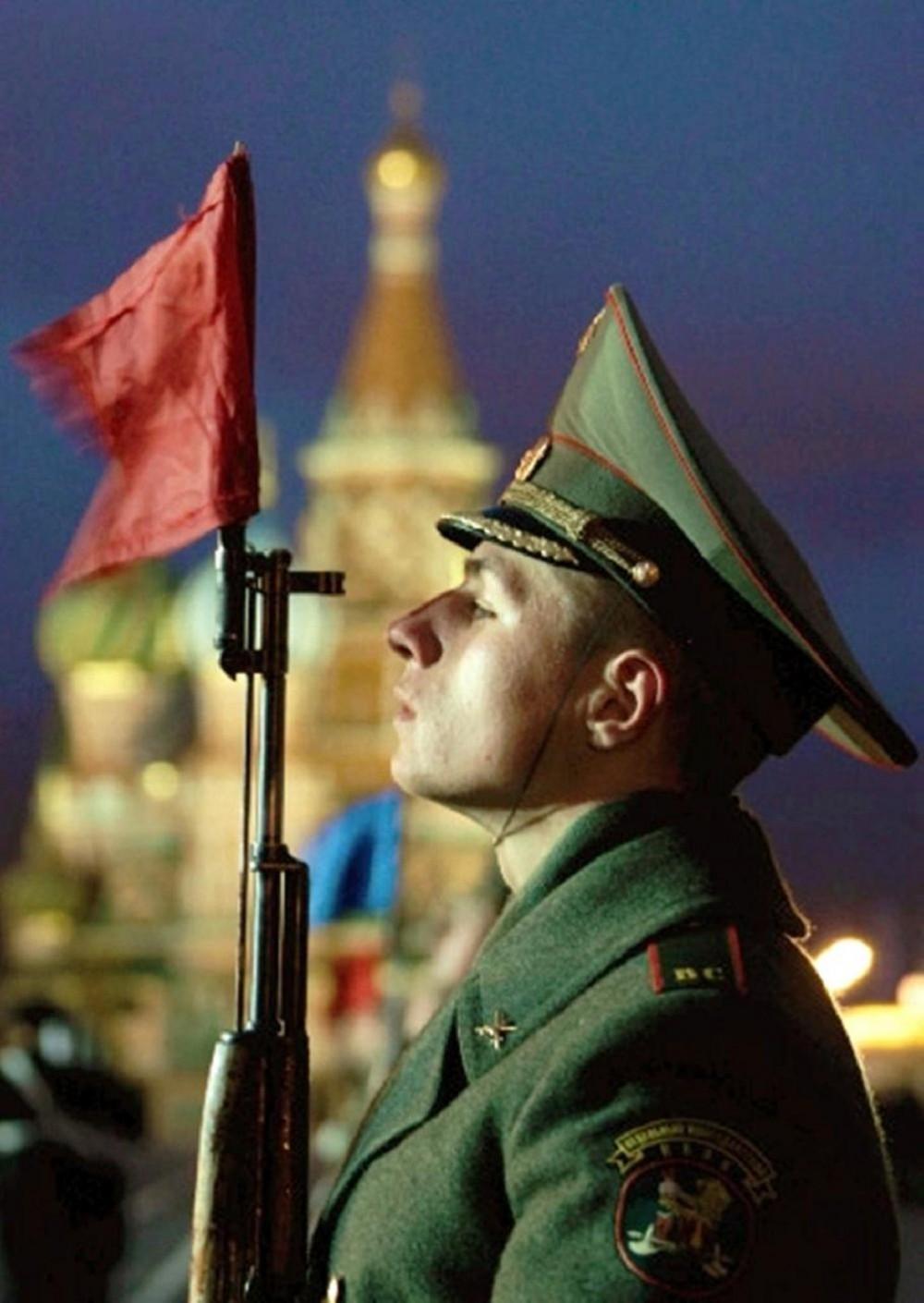 Roma Gran Galà Alta Fedeltà  Russian-soldier-e1269340566546
