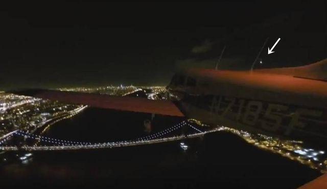 Pilot stunned as fireball curves past airplane (Filmed via GoPro external wing camera) 2016%2Bfireball%2Bmeteor%2Bmeteorite%2Bpro%2Bcam%2Bplane