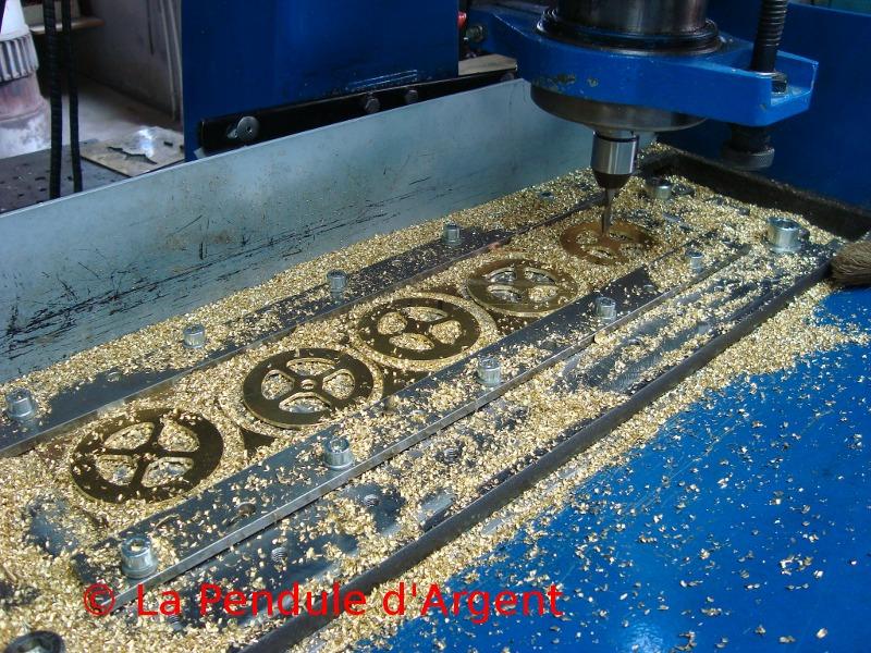 Production d'un mécanisme d'horloge , post #2 le taillage des roues Taillage4-reduit