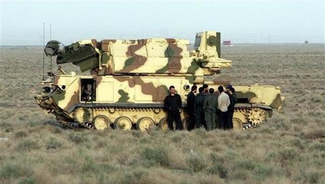 نظام الدفاع الجوي الإيراني: من صواريخ الهوك إلى الـ S-300   Tor-m1_sa-15_gauntlet_self_propelled_air_defence_missile_system_iranian_armed_forces_03