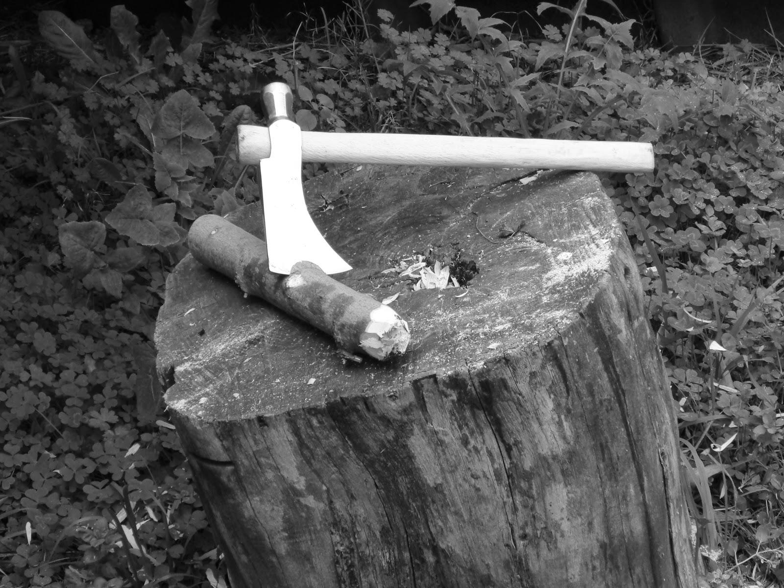 El Bolihawk! Tomahawk confeccionado con un martillo bolita DSC02171