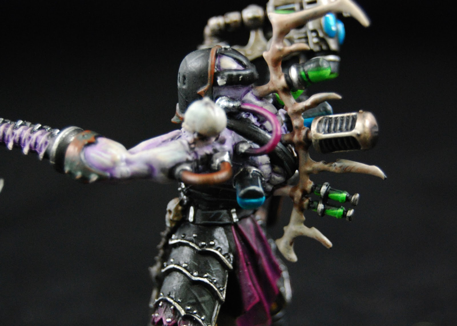 EOE's Dark Eldar Painting Tutorials  DE_Grotesques_Painted_05