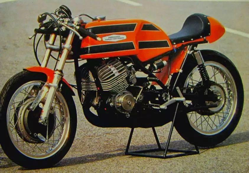 Harley-Macchi Macqueeneske IMG_43799724844488
