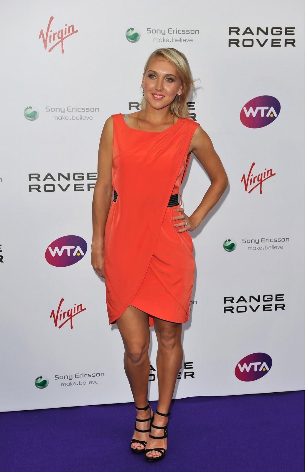 ¿Cuánto mide Elena Vesnina? Vesnina5