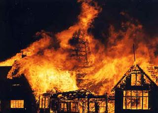 أكبر 5 أخطاء فادحة غيرت العالم ! The_great_fire_of_London