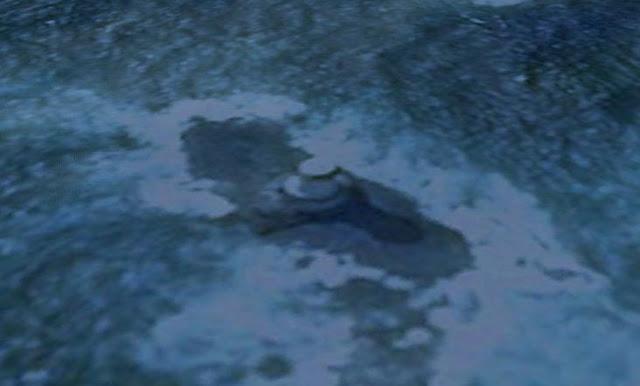 UFO News ~ UFO Caught Over Park In Uttar Pradesh, India and MORE Ufo%2Bbase%2Bportal%2B%25283%2529