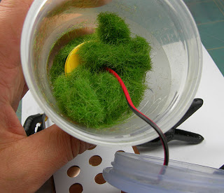 Make your own static grass tufts 9