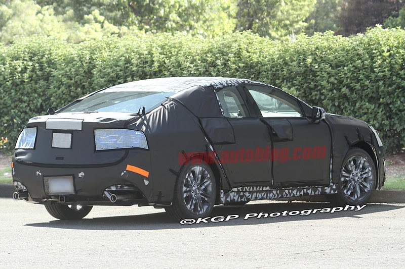 2016 - [Lincoln] MKZ 004-spy-shots-lincoln-mkz
