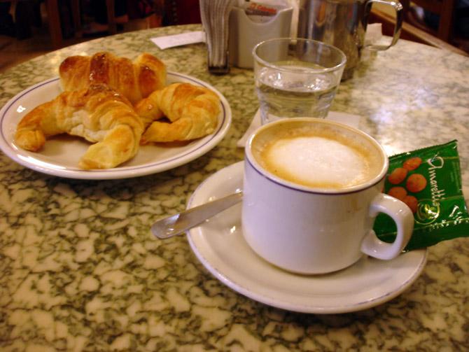CAFETERÍA para todos - Página 3 Cafe_con_leche