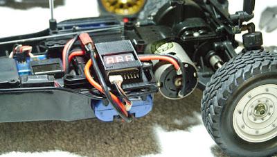 tamiya - LiPo battery holder for old Tamiya bathtub chassis DF01