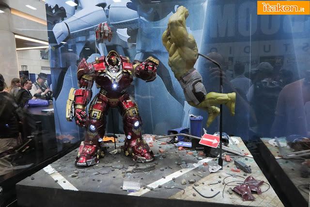 [Hot Toys] Avengers: Age of Ultron - Hulkbuster - Página 14 Hot-toys-sdcc-2015-160