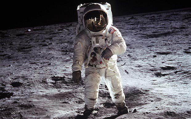 Russian Government calls for international investigation into U.S. moon landings & for good reasons  Moon
