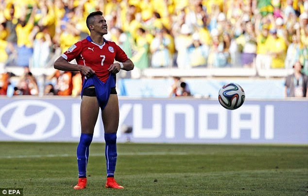 Copa América 2015 - Page 3 Article-2684418-1F3A0CA500000578-891_634x404