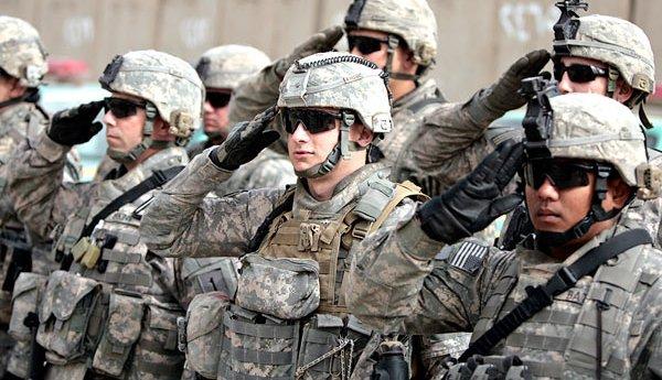 10 حقائق عن أقوى جيش في الأرض: يمتلك 13 ألف طائرة حربية و8000 دبابة و72 غواصة US%2BTroops