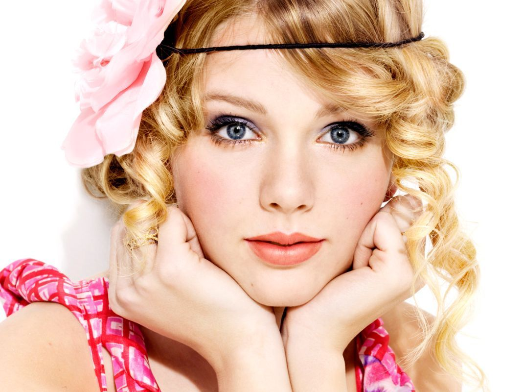 Taylor Swift Free-Taylor-Swift-Wallpapers-1