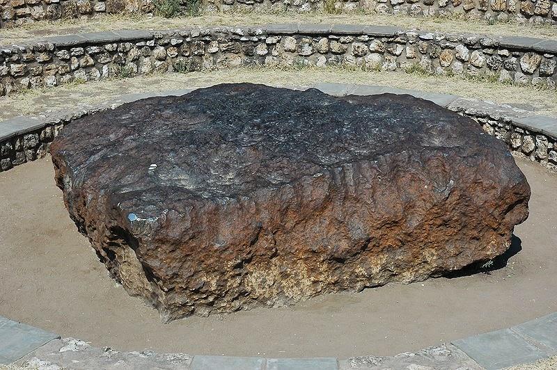 Bienvenidos al nuevo foro de apoyo a Noe #272 / 03.07.15 ~ 09.07.15 - Página 5 Meteorite