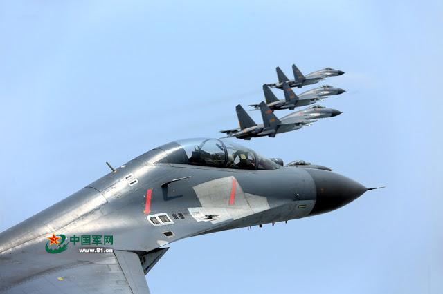R. P. China - Página 41 Shenyang%2BJ-11%2Bflying%2Bin%2Bformation%2B3