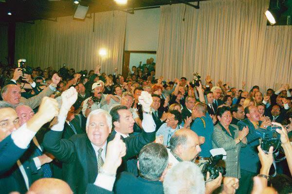 Maduro: Si algo me pasa, ¡retomen el poder y hagan una revolución más radical! - Página 7 12abril5