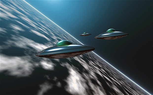 Archangelic Queens of Heaven and the United States of the Solar System - Page 37 UFO-TheTelegraph.co.uk-Wikileaks