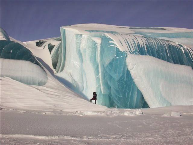 LAKE MICHIGAN ICEBERGS  5