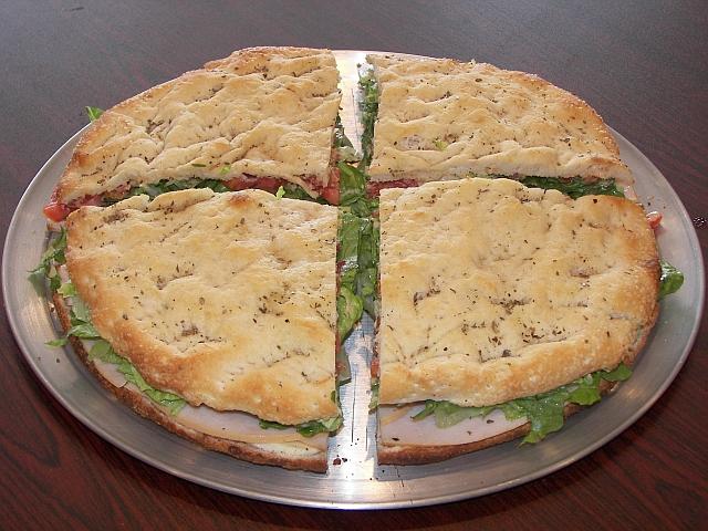 Ako ste gladni ili zedni svratite - Page 4 Pizza_sandwich