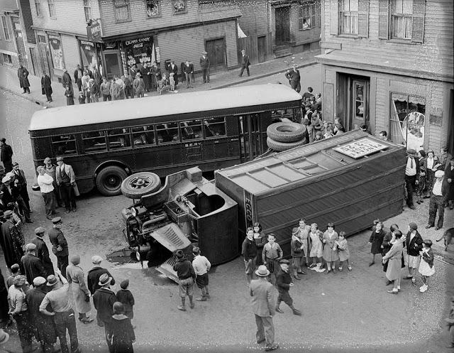 حوادث السيارات في عام 1930 أي قبل 80 سنة .. صور تكشف لأول مرة !؟ Supercoolpics_13_30082012194058